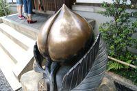 厄除桃(清明神社)